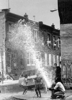 Philadelphia Fire Hydrant von Kwanesum (Eigenes Werk) [Public domain], via Wikimedia Commons