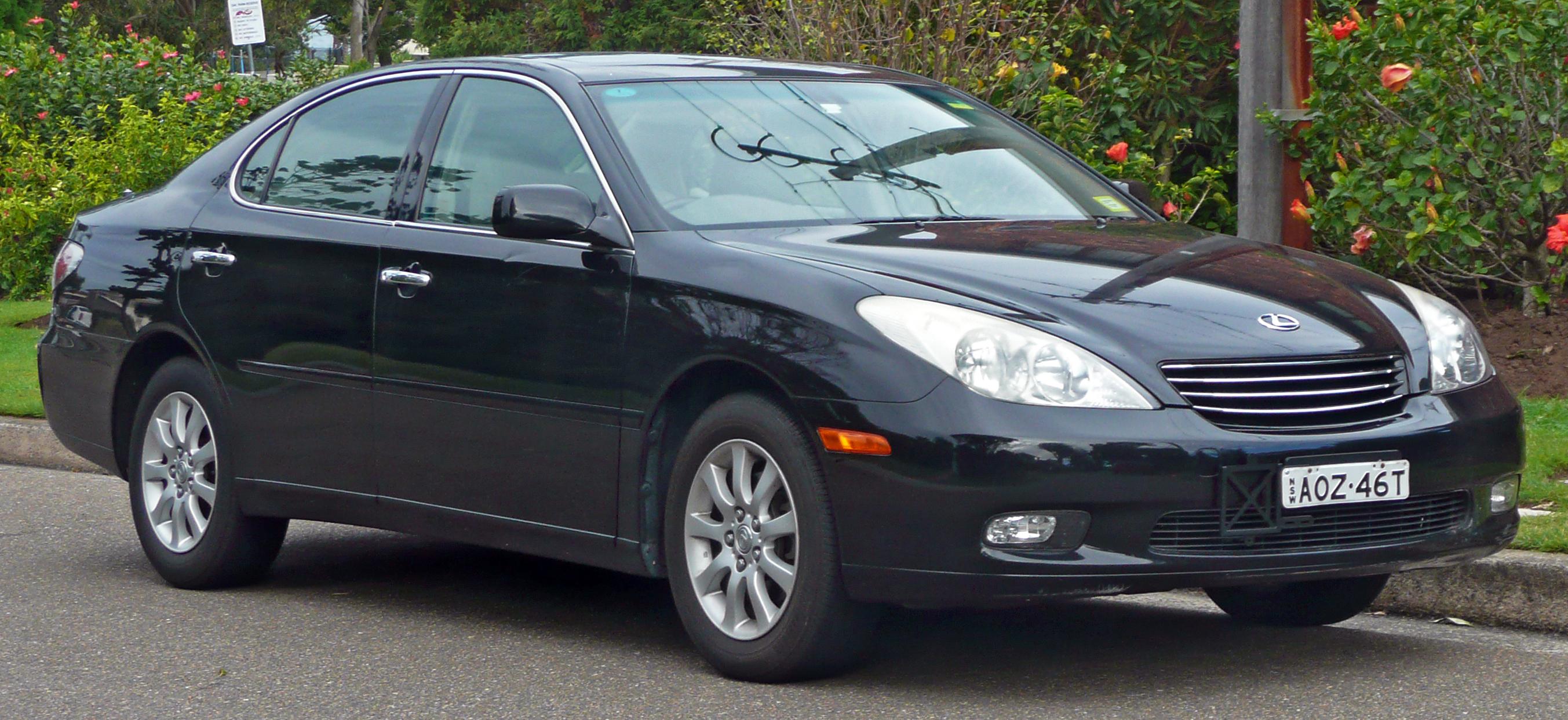 File 2003 Lexus ES 300 MCV30R sedan 2010 06 17 Wikimedia