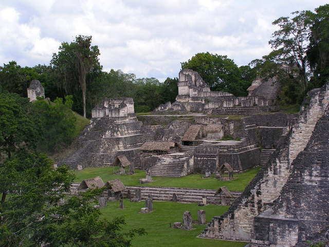 English: North Acropolis, Tikal, Guatemala.