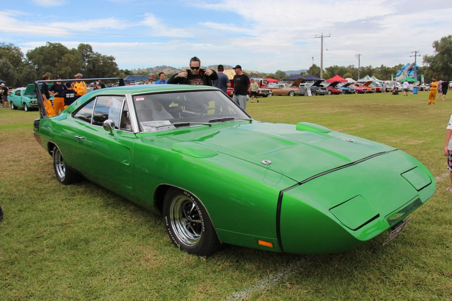 1968 dodge cars » Dodge Charger Daytona   Wikipedia Una Dodge Charger Daytona del 1969