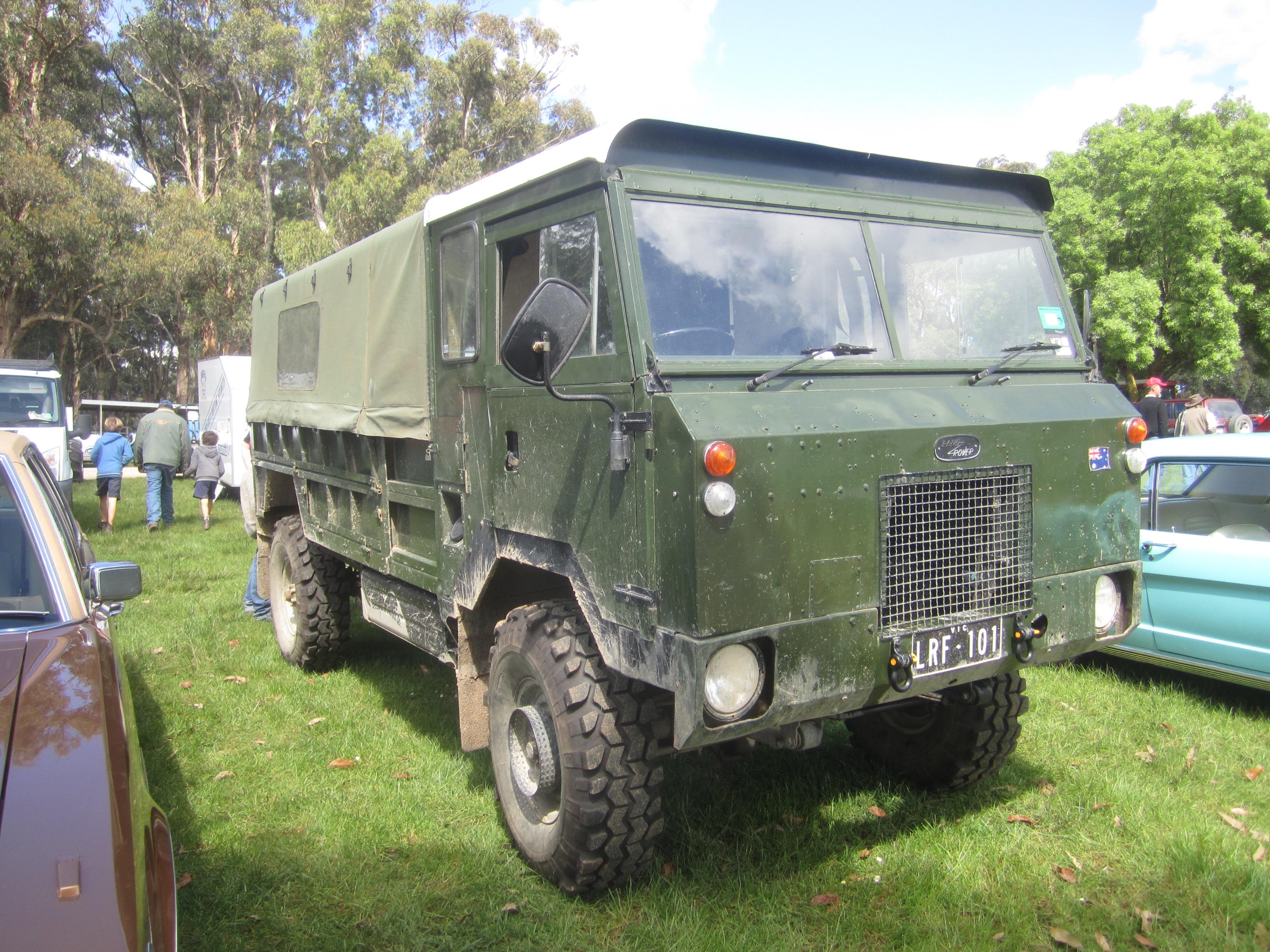File Land Rover 101 Forward Control 2 Wikimedia mons