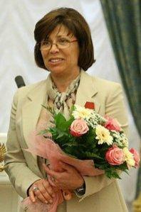 https://i2.wp.com/upload.wikimedia.org/wikipedia/commons/7/7c/Irina_Rodnina_cropped.jpg