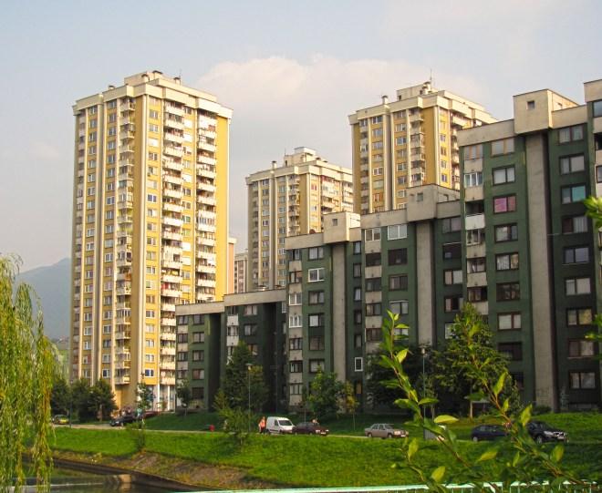 Damaged-Apartment-Buildings-Sarajevo
