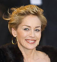 Français : Portrait de Sharon Stone