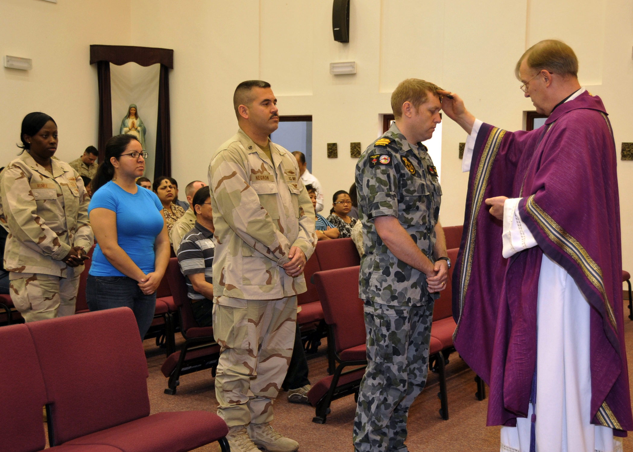 File Us Navy N L 002 Lt Cmdr Ronald Stake A Navy Chaplain Holds Ash Wednesday