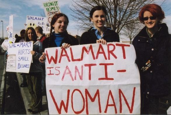 https://www.google.com/url?sa=i&rct=j&q=&esrc=s&source=images&cd=&cad=rja&uact=8&ved=0CAUQjhw&url=http%3A%2F%2Fcommons.wikimedia.org%2Fwiki%2FFile%3AWal-Mart_protest_in_Utah.jpg&ei=WSovVejfAca2yAS2yIDoBg&bvm=bv.91071109,d.aWw&psig=AFQjCNHzG-CthBbI9MaxZd4Btnam9LJTsA&ust=1429240776536898