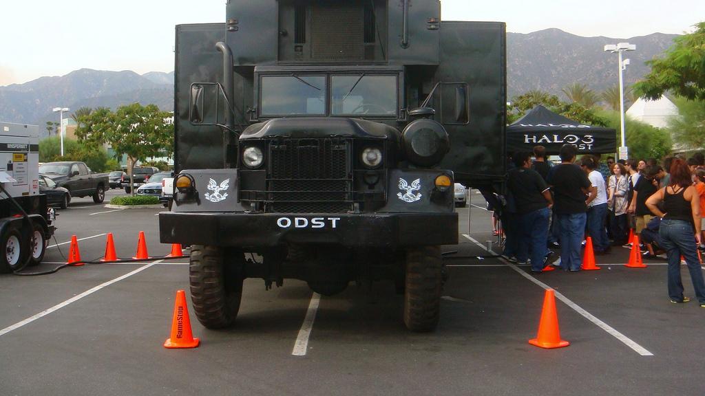 file halo 3 odst firefight truck jpg wikipedia the free