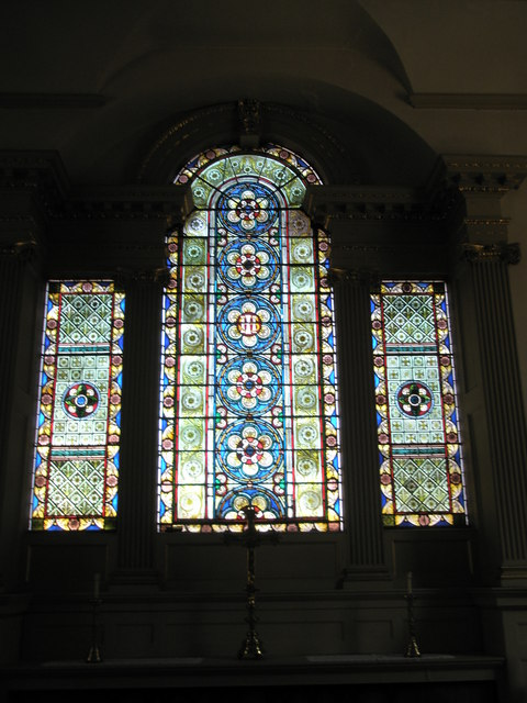 File:Stained glass window above the altar at St Anne's, Bewdley