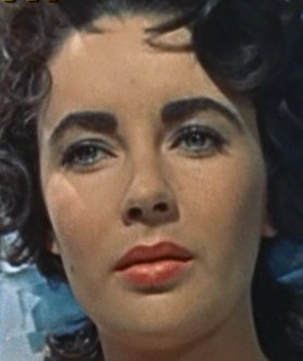 English: Liz Taylor, trailer screenshot, cropp...