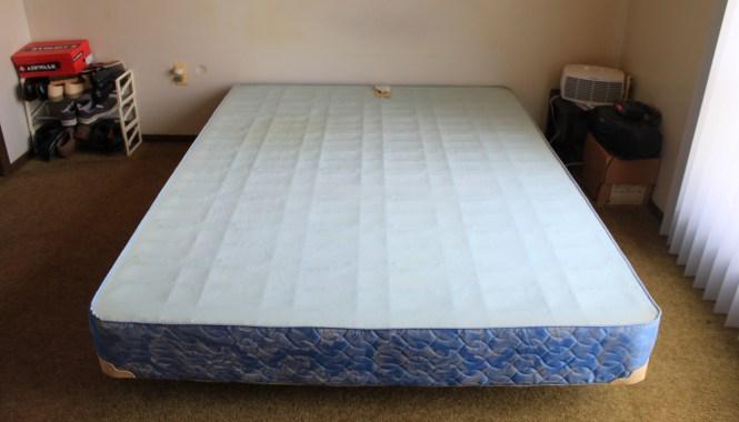 File Bassett Queen Size Box Spring On Metal Bed Frame Jpg