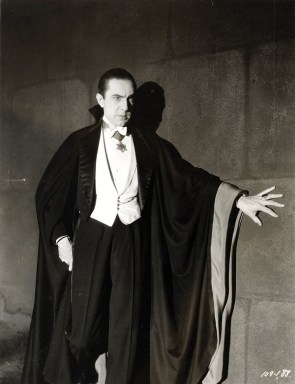 English: Bela Lugosi as Dracula, anonymous pho...