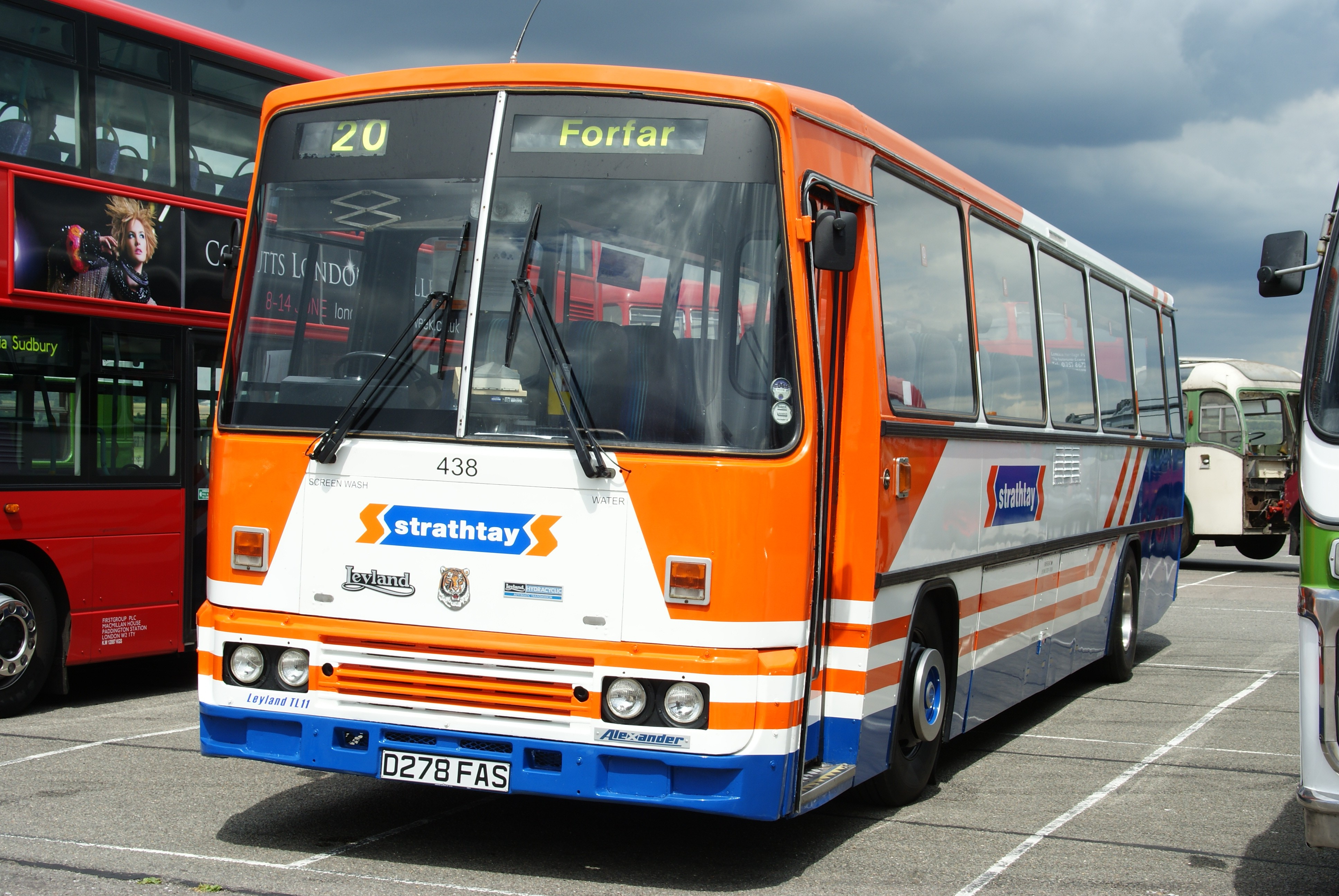 File Strathtay Coach 438 D278 Fas North Weald Bus