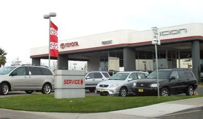 Car dealerships in North America - Wikipedia