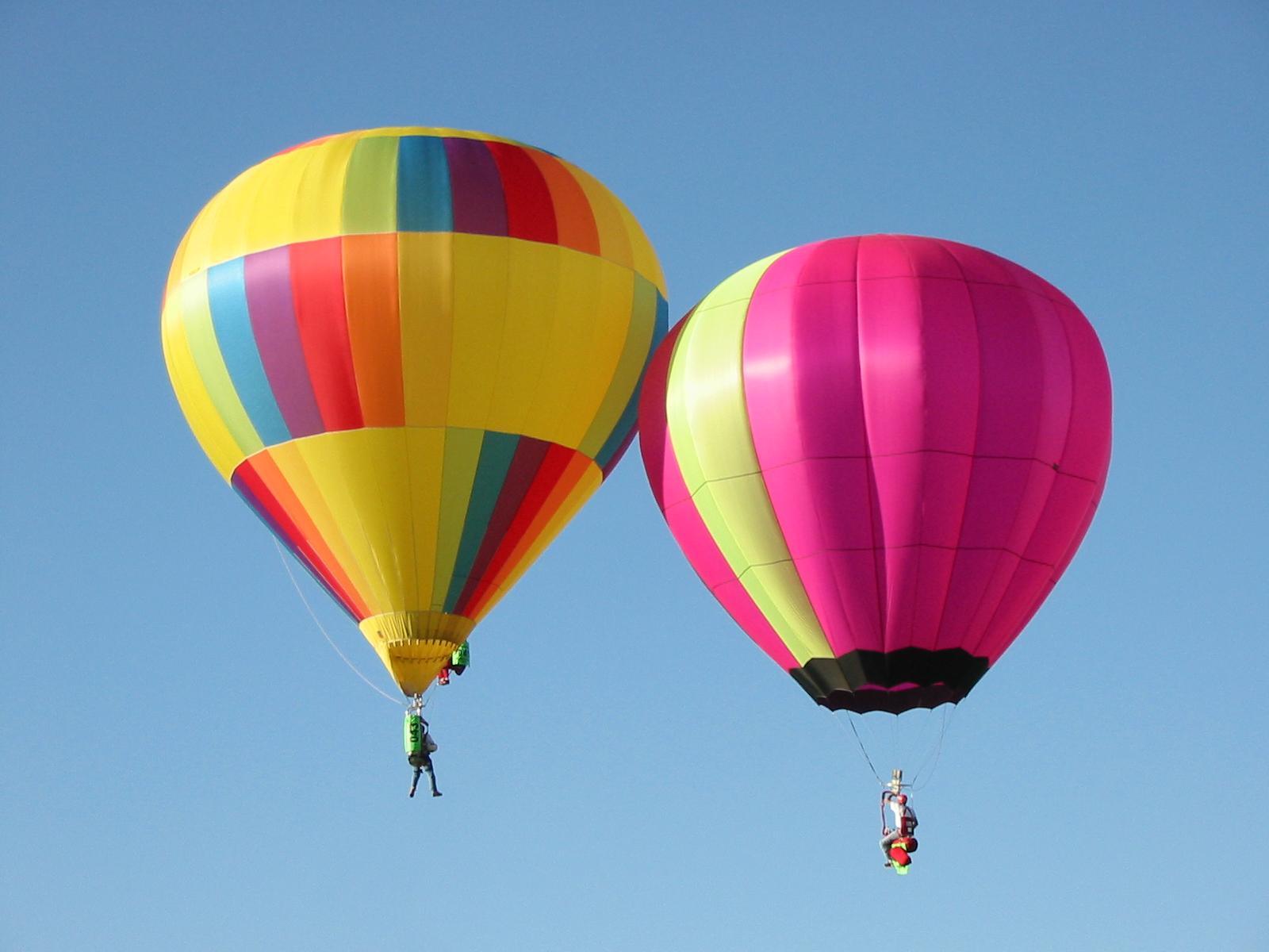 A pair of Hopper balloons.