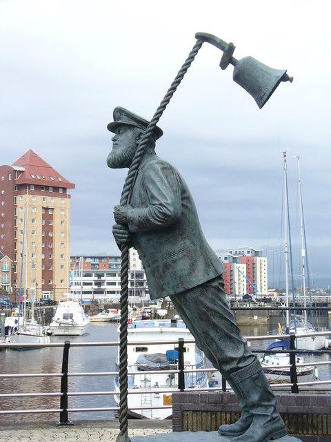 FileWhimsical Statue Swansea Marina Uk