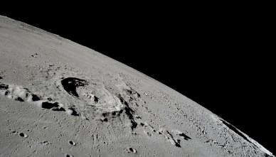 Crater lunar: Eratóstenes