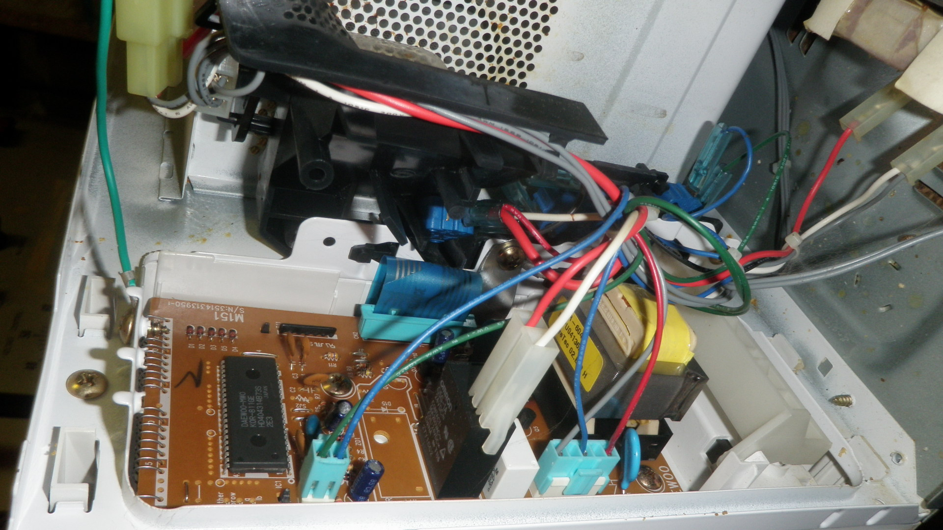 https commons wikimedia org wiki file microwave oven circuit board 1 jpg