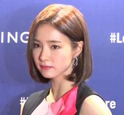 """""""이래서 빠져들어""""...신세경, '섹시한 눈빛' -ShinSekyung (디패짤)"""