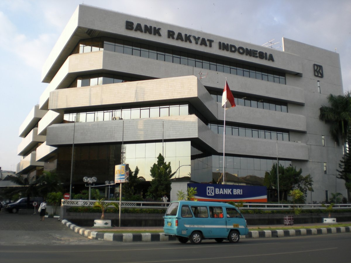 File:Bank Rakyat Indonesia-Makassar.JPG - Wikipedia, the free ...