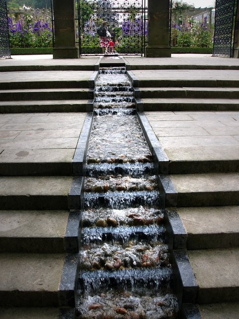 Water feature at Alnwick Garden