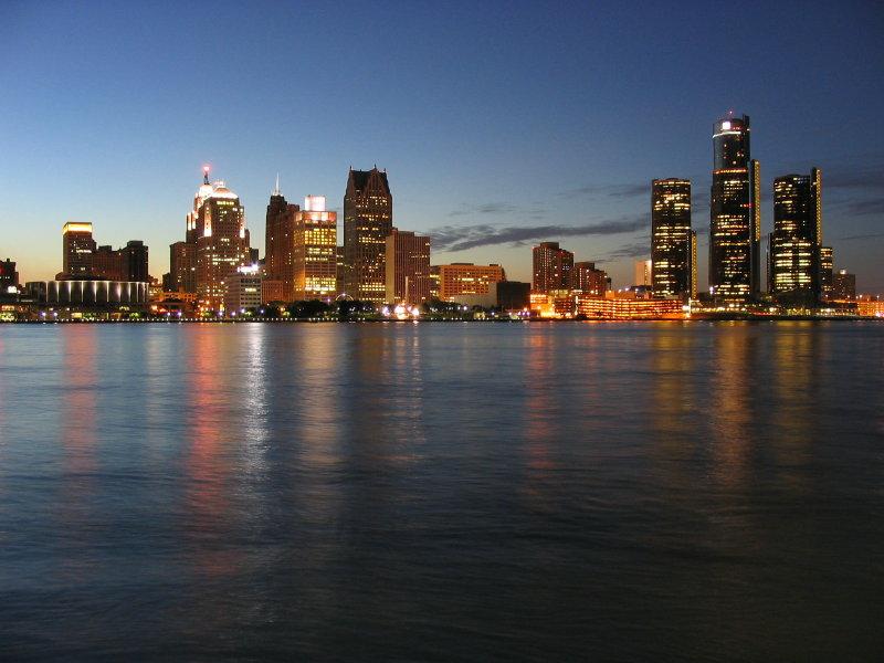 Fișier:DetroitSkyline.jpg
