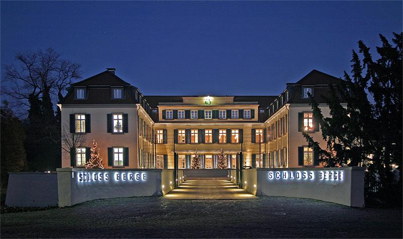 Ficheiro:Schloss Berge.jpg