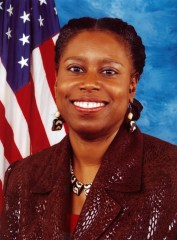 Cynthia McKinney's Congressional photo.