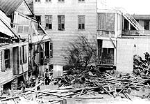 English: Damaged houses in Beaufort, South Car...
