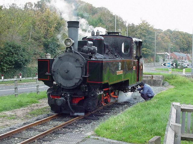 English: Welshpool (Raven Square) Station. The...