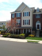 English: A brand new Toll Brothers townhouse i...