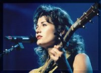 Photograph of Amy Grant taken during her 1998 ...
