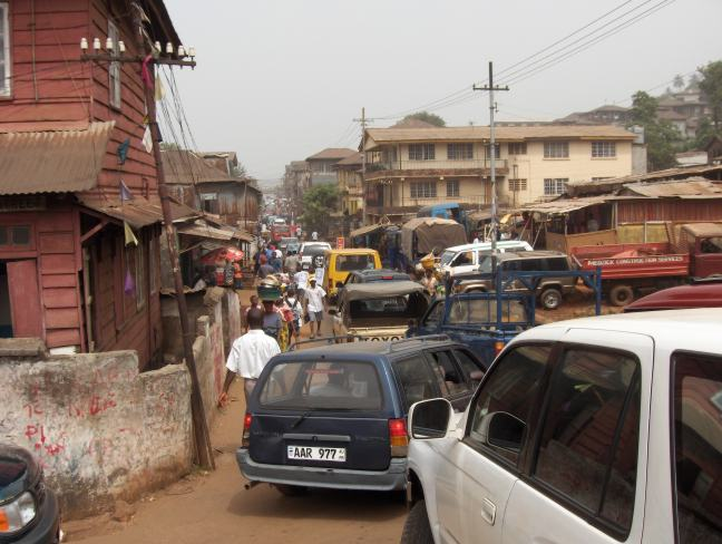 https://i2.wp.com/upload.wikimedia.org/wikipedia/commons/a/ae/Freetown-Street.jpg