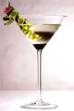 English: Vesper Martini Português: Vesper Martini