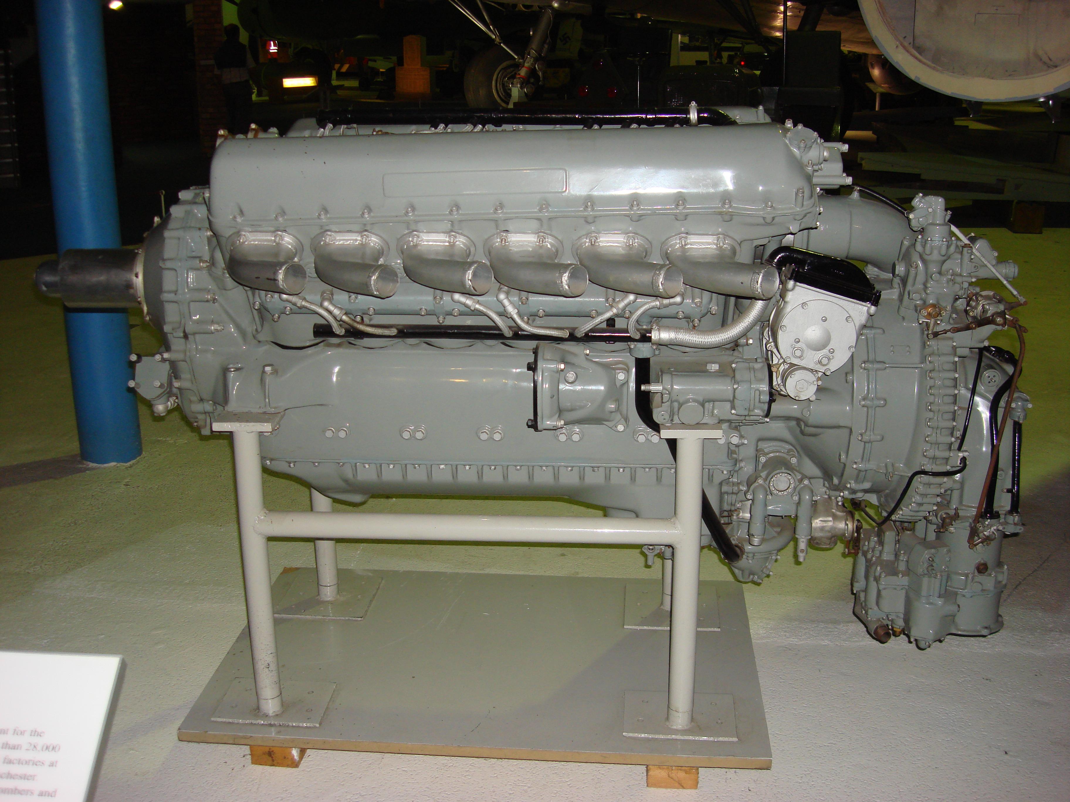 https://i2.wp.com/upload.wikimedia.org/wikipedia/commons/b/b0/Rolls_Royce_Merlin_XX.jpg
