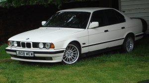 File:1992 BMW 525i (19291340171)jpg  Wikimedia Commons