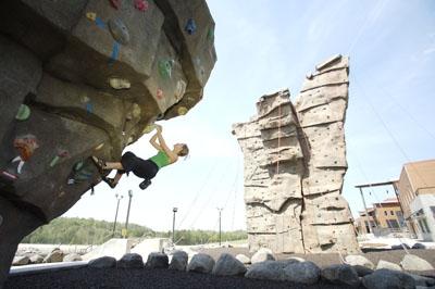 English: Climbing