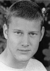 English: Head Shot of Tom Hopper