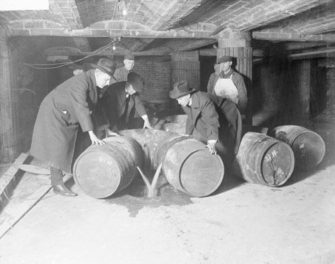 File:Prohibition agents destroying barrels of alcohol (United States, prohibition era).jpg