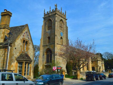 File:St Peter, Winchcombe - geograph.org.uk - 4438875.jpg