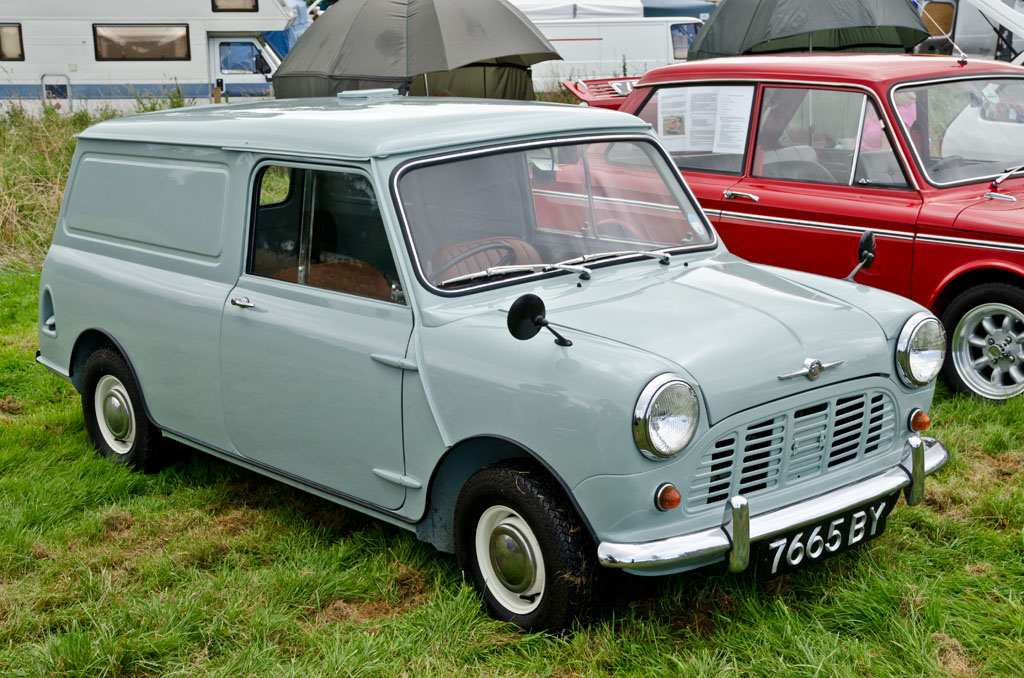 File1961 Morris Mini Van 1961jpg Wikimedia Commons