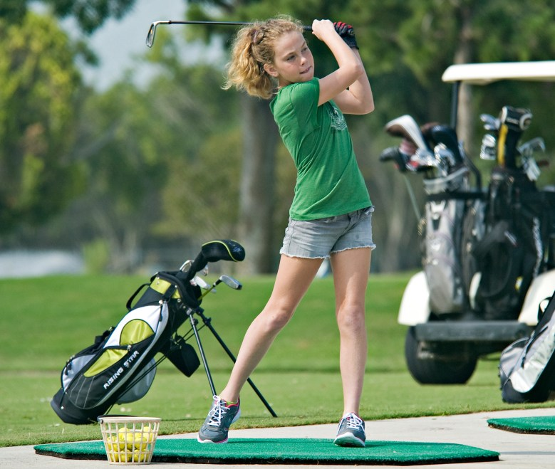 https://i2.wp.com/upload.wikimedia.org/wikipedia/commons/b/bc/Annual_Junior_Golf_Clinic_120613-F-ST721-276.jpg?resize=779%2C659&ssl=1