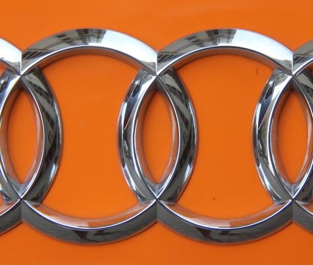 Fileaudi Logo On Audi R Jpg