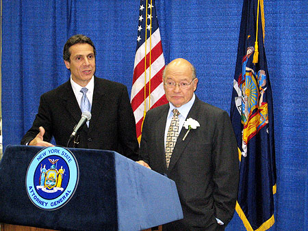 English: New York Attorney General Andrew Cuom...