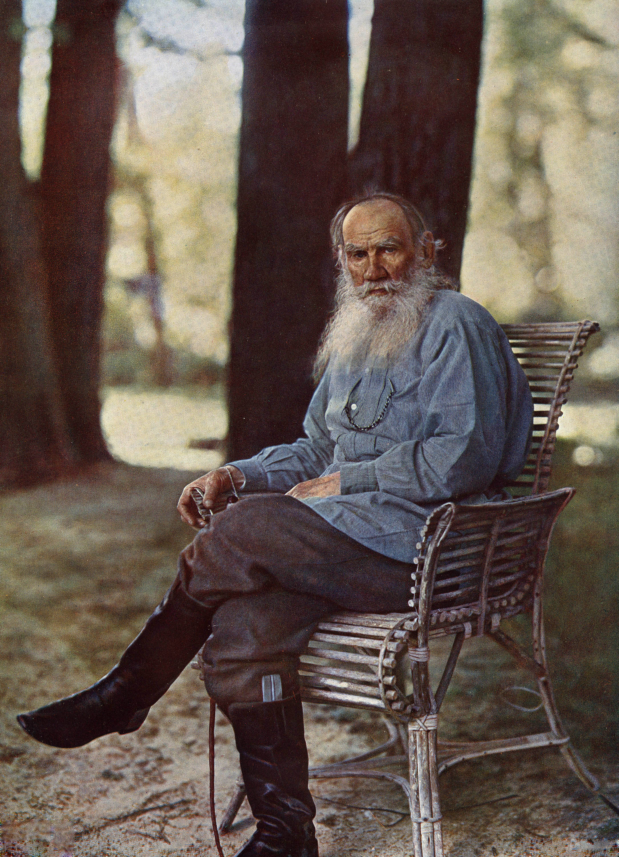 Lev Tolstoj a Yasnaya Polyana nel 1908