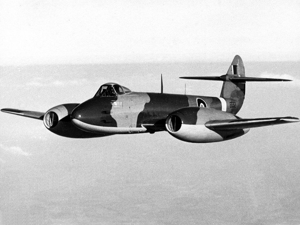 5 Pesawat Tempur Jet Pertama Di Dunia Nig4nku