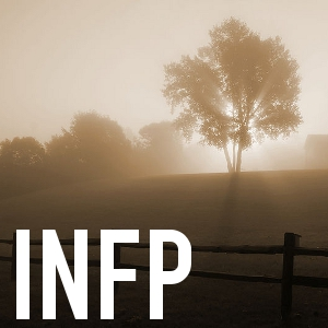 English: Sunrise in the fog, near Horicon, Wis...