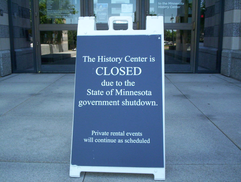English: Sign in front on of the Minnesota His...