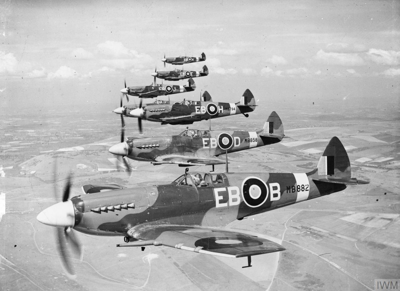 Supermarine Spitfire en formación