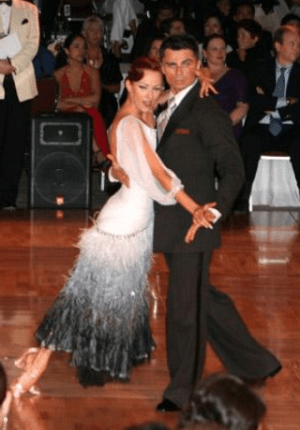 English: Ballroom Tango Dancers