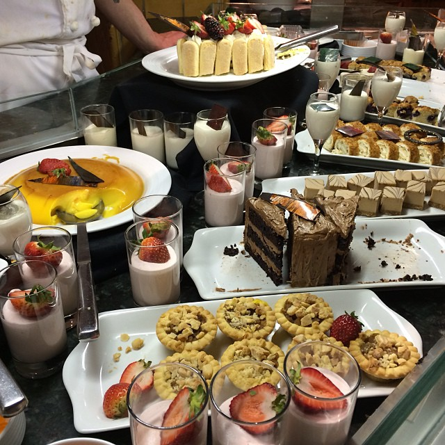 FileThis Dessert Buffet Should Be Illegaljpeg